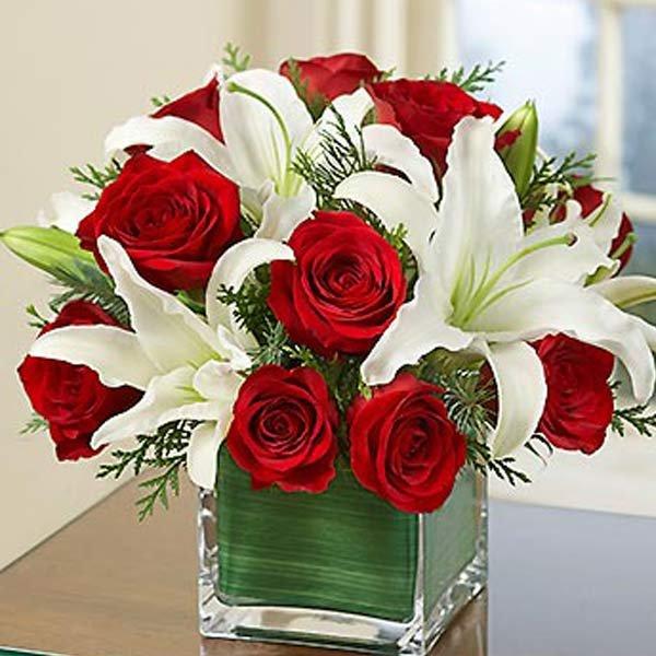 Photo of Kocaeli Çiçek Sepetlerinde İndirimli Kokulu Çiçekler :0262 606 0767