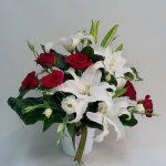 kocaeli lilyum arajmanı kırmızı güller