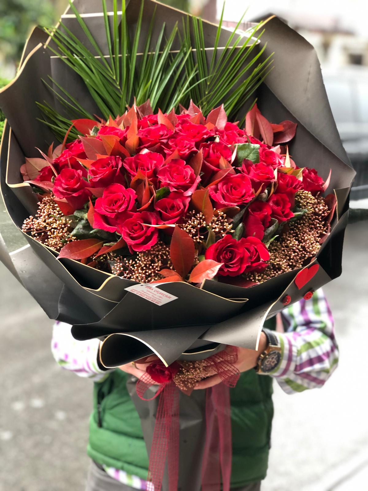 Sevgililer günü Çiçek Modelleri ve fiyatları